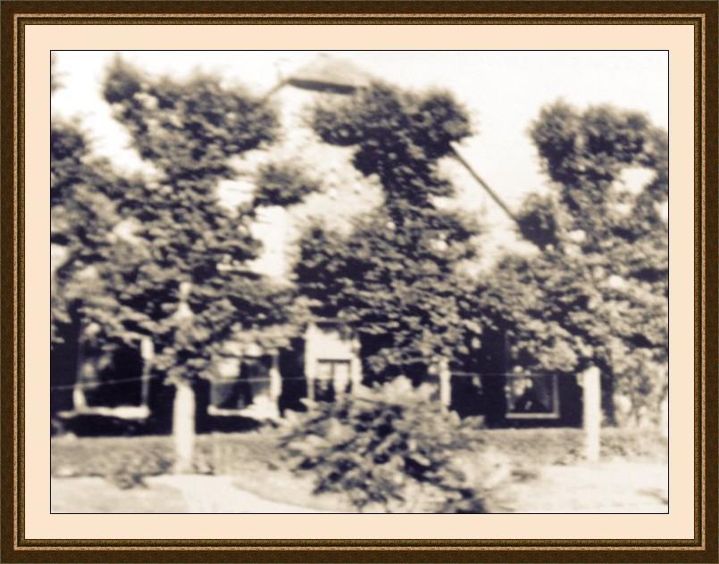 Voormalige boerderij de Hollenboom in Harmelen