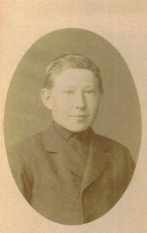 Willem van Bemmel werd via zijn grootvader Willem van Bemmel (C8) vernoemd naar zijn betovergrootvader Willem de Wit (C6).